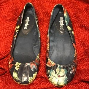 Unlisted Floral Flats
